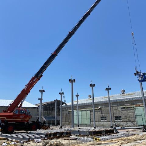 臼井国際産業㈱向賃貸建物新築工事 鉄骨建方