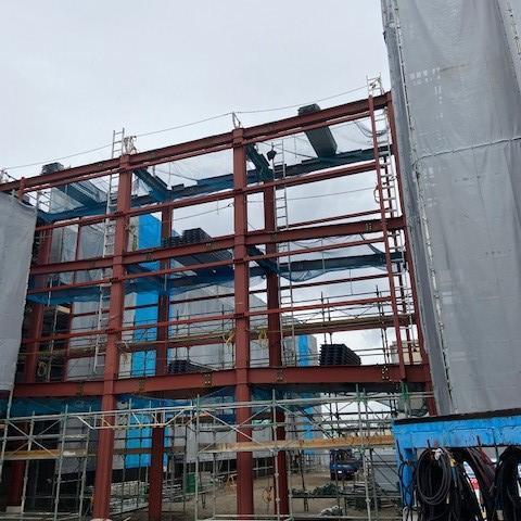岡崎市立岡崎小学校校舎増築工事 鉄骨建方
